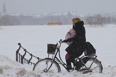 Snowstorm Headwind Mobile Chat