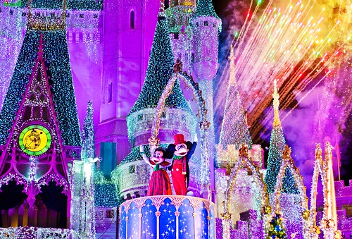 Merry Christmas (Eve) From Mickey & Minnie