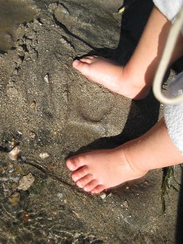 Finn's feet