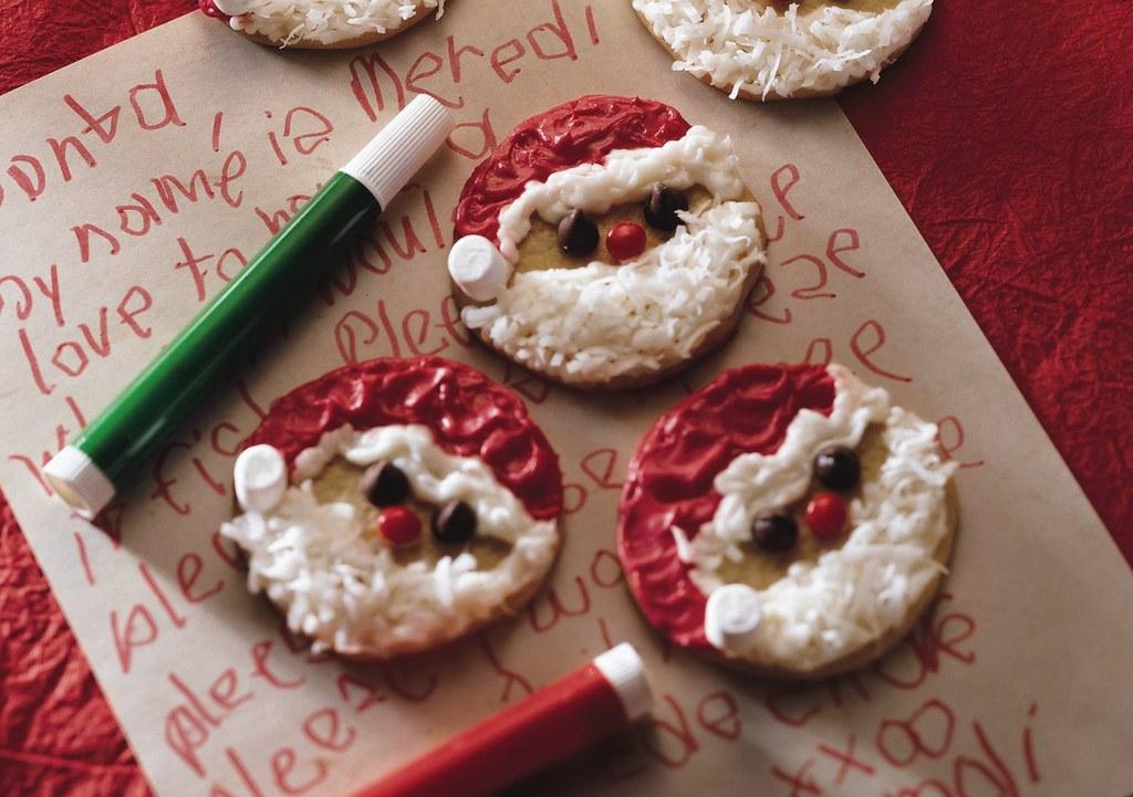 Easy Santa Cookies Recipe