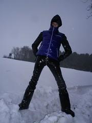 IMGP0042 (Karhu1) Tags: schnee snow shiny jacket nylon snowsuit jacke overall skianzug