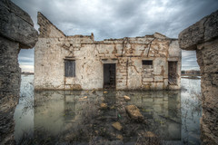 missing the doormat (Paolo Margari) Tags: italy abandoned wet water clouds canon photography photo italia nuvole foto photographer photographers cielo fotografia doormat canoneos salento puglia hdr italie fotografo fotografi riflesso casaabbandonata apulia nard italianphotographers paolomargari acaua fotografiitaliani