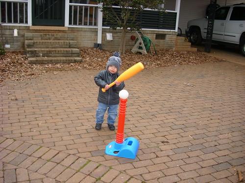 101225 Coleman with tee ball set 02