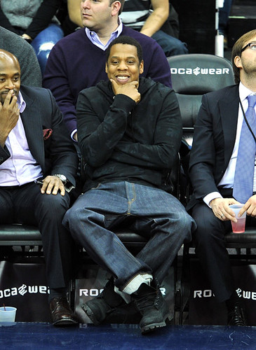 jay-z steve stoute and kim kardashian at the nets game