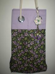Bolsa sacola com chaveiro (eco-arte) Tags: flowers flores keyring felt feltro bolsa roxo tecido chaveiro algodo sacola acessorio flowersfelt estampadofloral tecidocarneseca
