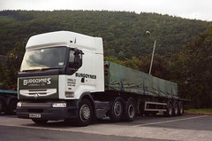 Burgoynes of Lyonshall Renault Premium - GN04 BJZ (atkidave) Tags: truck transport renault lorry herefordshire premium commercials haulage lyonshall burgoynes