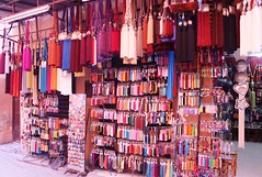 rosarote Troddelwelt - world of tassels (CatrinR) Tags: morocco maroc bazaar marokko basar tassel quaste troddel