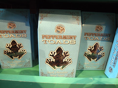 Peppermint Toads (jfer21) Tags: food orlando candy florida harrypotter toads universal peppermint islandsofadventure honeydukes wizardingworld olympuse620