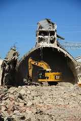 "Demolition job ""Potash"" warehouses DST_5426 (larry_antwerp) Tags: euroports potas magazijn warehouse demolition afbraak antwerp antwerpen       port        belgium belgi          aertssen caterpillar excavator"