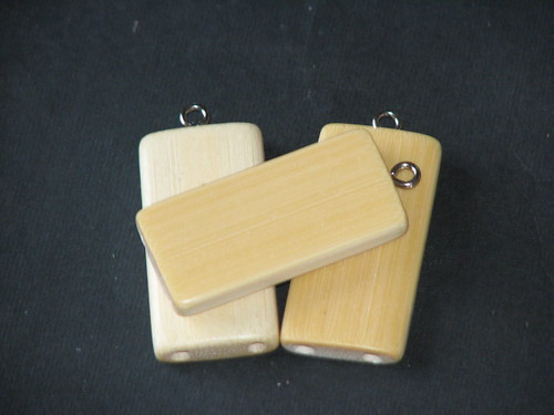 25 Days of Hand Crafted Gifts & Ornaments - Bamboo Tile Charms 014