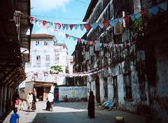 Zanzibar – Hakuna Matata zprava i zleva