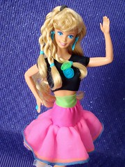 Dance Club Barbie 1989 (Chicomttel) Tags: club dance barbie 1989 mattel inc
