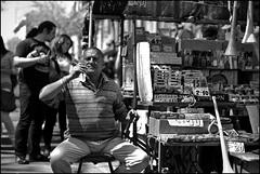 Ambulante. (pepperpower) Tags: blackandwhite uruguay candy feria montevideo pucho caramelos cigarros cigarrets cigarrillos triztannarvaja