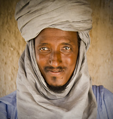 Tuareg - Timbuktu, Mali (FarFlungTravels) Tags: africa travel blue man sahara face photo eyes mood desert head contest mali timbuktu tuareg travelleisure timbouctou