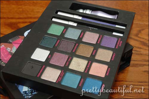 Urban Decay Book of Shadoq Volume III: NYC Palette