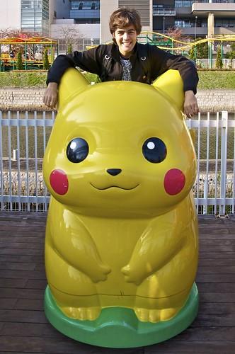 Cabalgando a lomos de un Pikachu