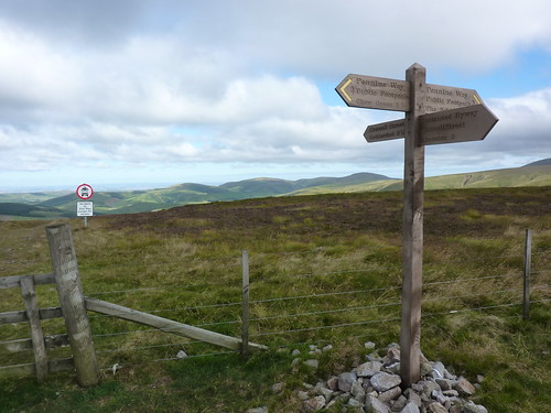Rejoining the Pennine Way
