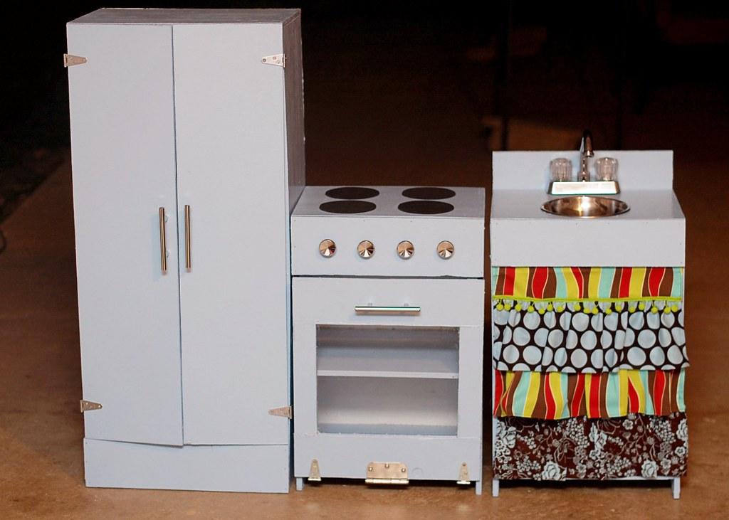 play kitchen 2010