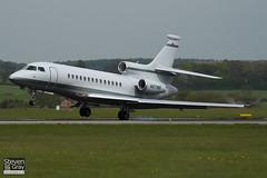 N671WB - 29 - Private - Dassault Falcon 7X - Luton - 100428 - Steven Gray - IMG_0504