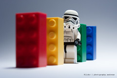 Lego Star Wars Domino Day (photography.andreas) Tags: portrait macro canon germany deutschland starwars lego minifig domino saarland stormtropper legosteine eos40d canonefs1855mmf3556is urweiler
