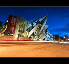 Big Stopper Blues at the ROM (Nathan Bergeron Photography) Tags: longexposure blue light sunset toronto ontario canada museum architecture night clouds nikon crystal dusk filter lighttrails bluehour streaks rom carlights royalontariomuseum daniellibeskind nikkorlens 1635mm carstreaks nikond700 bigstopper nikon1635mm
