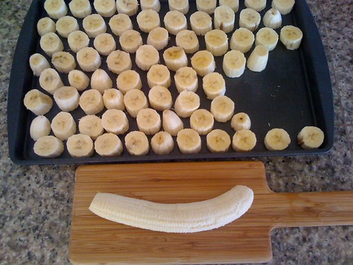 Freezing bananas: best to freeze for 2 hours in individual pieces, then transfer to ziptop baggie.