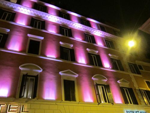 罗马夜景粉色灯光