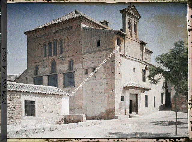 Sinagoga del Tránsito entre el 15 y el 17 de junio de 1914. Autocromo de Auguste Léon. © Musée Albert-Kahn - Département des Hauts-de-Seine