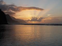 Haena Beach - Na Pali Coast (America's Couple) Tags: sunset hawaii northshore kauai haenabeach napalicoast haenastatepark americascouple