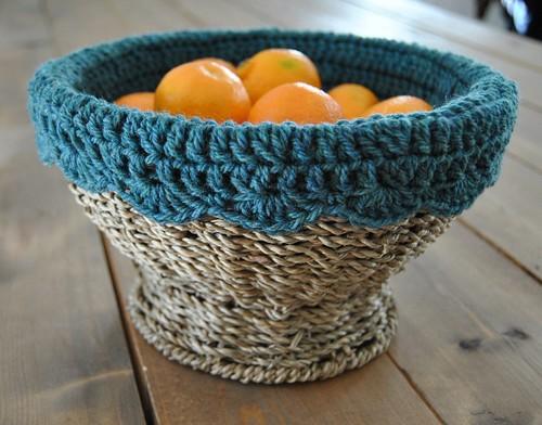 crochet basket liner :: free pattern