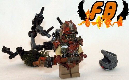Custom minifig Outlyer - Heavy Gunner - Front