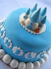 Cinderella Castle Cake (Lynlee's) Tags: fairytale cupcakes cinderella