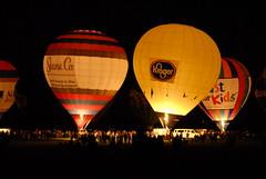 (ljgolden) Tags: hot festival glow air great balloon derby balloonfest