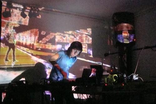 4propri8 (sonido) + Carou (visuales)@ desolder y reconstruction tocata