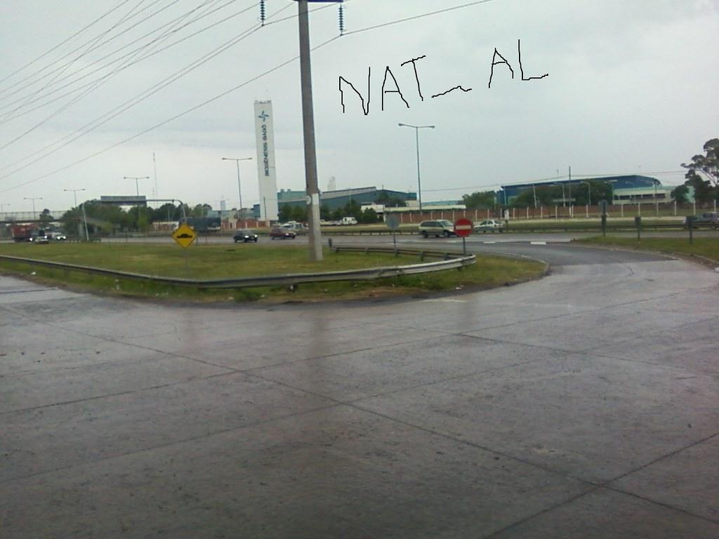 fotos de donde atacaron al camion blindado + tiro en cartel