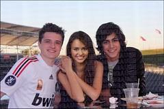 Josh/Miley/Avan (AnnaMorgause) Tags: josh cyrus miley avan hutcherson mileycyrus jogia joshhutcherson avanjogia