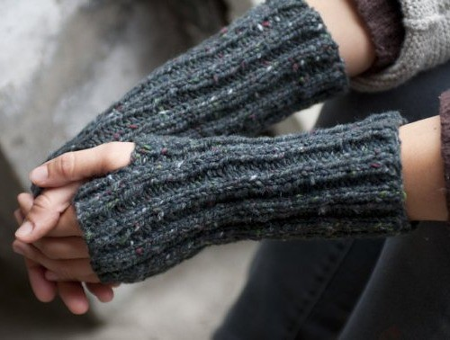 Betsy Greer's pattern for fingerless gloves