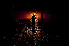 Welder at night (Gerardography) Tags: night canon mexico puente 50mm noche trabajo welding weld working guadalajara 18 job remus trabajando matute soldador 500d t1i