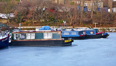Going nowhere (Tim Green aka atoach) Tags: ice canal frozen sowerbybridge barges narrowboats icebound