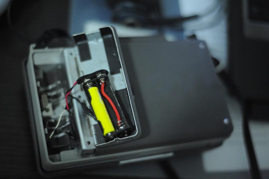 polaroid land camera battery mod