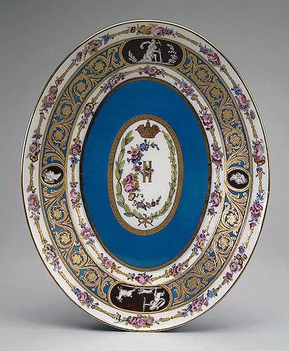 016-Bandeja para verduras guisadas-Porcelana de Sèvres 1777-1778- Copyright ©2003 State Hermitage Museum. All rights reserved