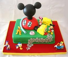 Mickey (Mariana Pugliese) Tags: verde cake gris rojo fiesta pastel negro disney mickey amarillo feliz cumpleaños torta pugliese 241543903 marianapugliese pugliesem tortasdemariana