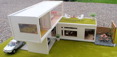 Polly Line's new house (pubdoll) Tags: outside selfmade 34 116 dollhouse dollshouse lundby 116scale 34scale modernminiature pollyline
