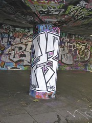 London - South Bank Graffiti (farg4graf) Tags: color colour london colors graveyard dead graffiti design artwork stencil shoes paint artist colours south bank tags aerosol skateboards skill bridge nozzles london south can bank cemetery millennium graveyard graffiti spray broken boards skate skateboard