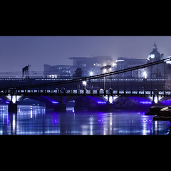 crossing the clyde, glasgow at night, river clyde bridges (abbozzo) Tags: bridge river riverclyde frozenriver broomielaw clydeside theclyde rivernight bridgegate riverreflections glasgowscotland colorfulnight cityofglasgow glasgownight scottishwinter colourfulnight scottishcity glasgowbridges scotlandatnight bridgegateglasgow broomielawglasgow