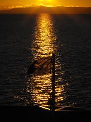 Scottish sunset (shotlandka) Tags: winter light sunset sea snow cold ferry scotland flag standrewscross finepix fujifilm blink calmac ardrossan закат зима снег море scottishflag caledonianisles паром flickraward шотландия platinumheartaward холод s1000fd 100commentgroup mygearandmepremium ringexcellence bestofblinkwinners ардроссан