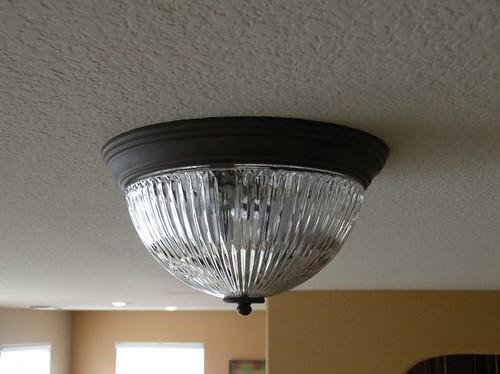 changinglightbulbsHoH5