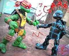 "WRESTLING RAPHAEL v. ""Rising Sun"" Donatello  i"