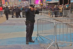 newyork manhattan cellphone police timessquare cop pistol newyearseve noise noisy