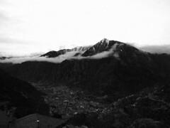 Andorra la vella (foncer) Tags: bw antiphoto andorra muntanyes 2011 foncer